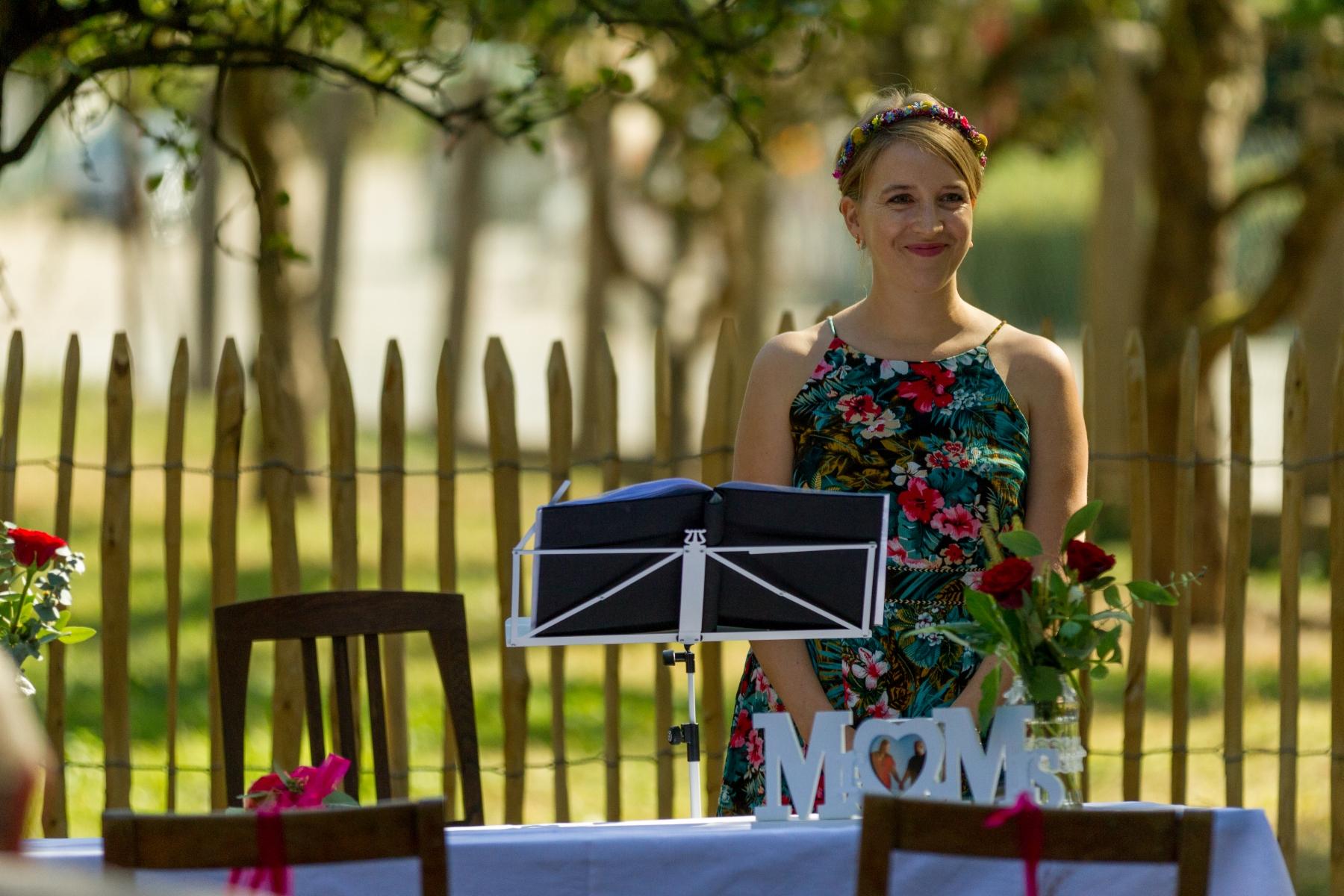 Freie Trauung in Kraichtal: kurz vor Beginn voller Vorfreude auf die Braut