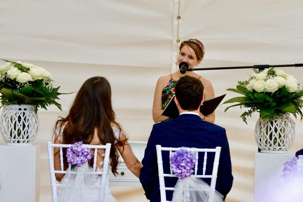 Freie Trauung Insel Nonnenau Zelt Hitze Hochzeit Frau Pi