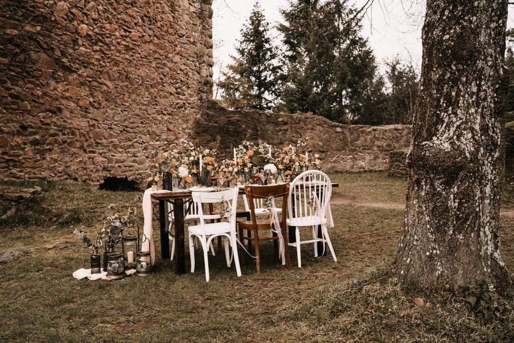 Hochzeitsdeko Burg
